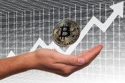 Skończył się niepokój związany z bitcoin – cyfrowa waluta dalej rośnie